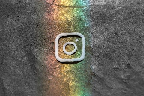 Can you modify the filter after uploading it on Instagram?