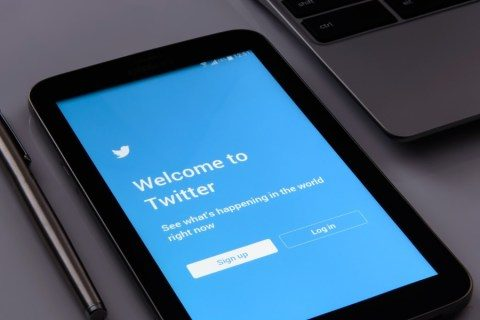 Just how to shut off Twitter newspaper article