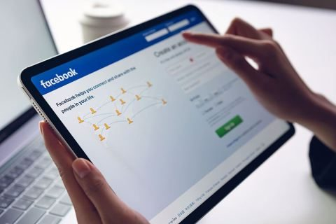 Facebook maintains logging me out – what to do?