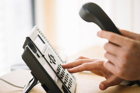 Just how to send out company contact us to your phone