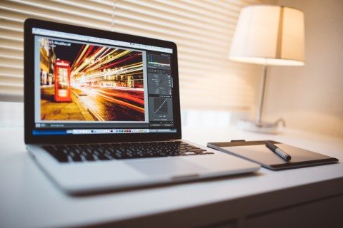 Exactly how to obscure a photo in Adobe Lightroom