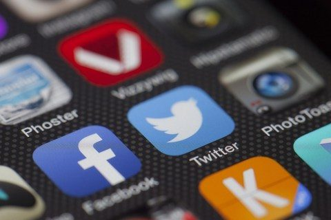 Just how to discover your Facebook good friends on Twitter