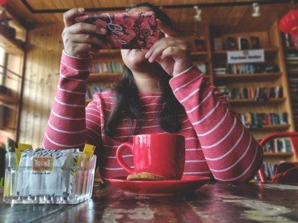 Exactly how to reverse or go back to your Instagram tale