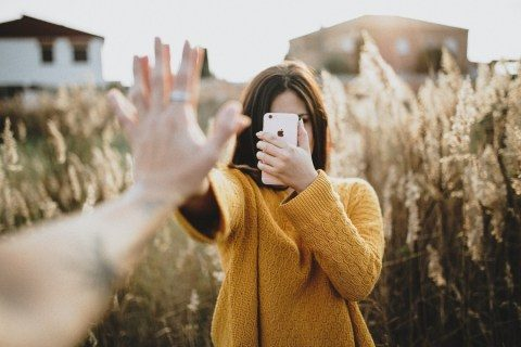 Exactly how to upload an online image on Instagram